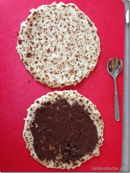 Pfannkuchen-Wraps-mit-Eis-und-Marshmallow-Füllung (1) (Andere)