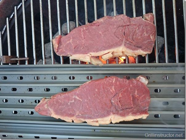 Grillgrate-im-Vergleich-Edelstahl-Rost-Porterhouse-Steak (2)