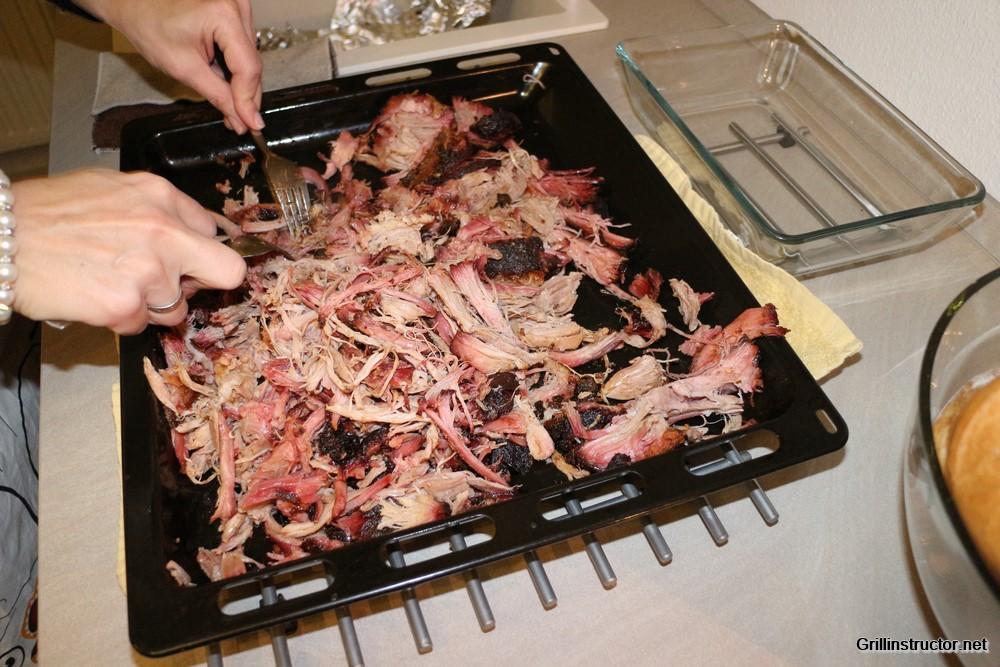 Weber Elektrogrill Pulled Pork : Pulled pork u2013 rezept und wissenswertes