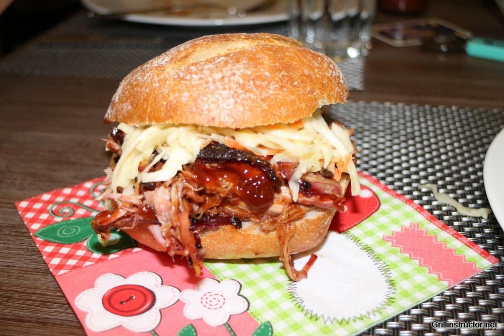 Wie Lange Dauert Pulled Pork Im Gasgrill : Pulled pork u rezept und wissenswertes