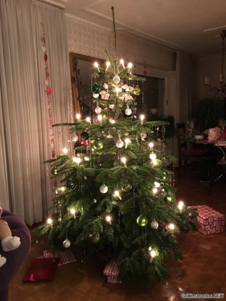 Räucherhaken am Weihnachtsbaum (2)