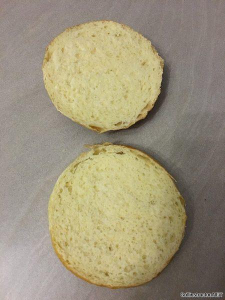 Burger Buns Rezept - das perfekte Hamburger Brötchen (11)
